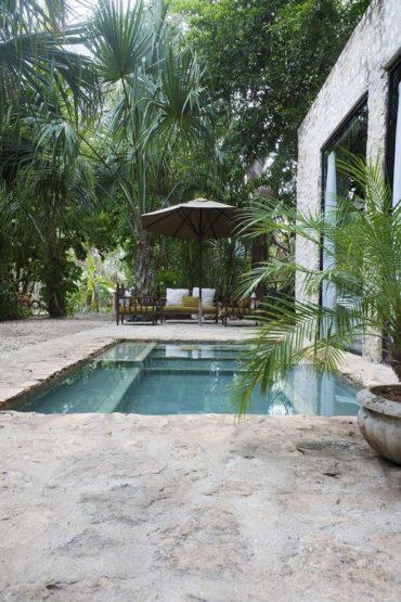 vacances necessaires piscine
